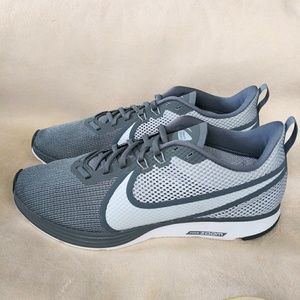 Nike Zoom Strike 2 Mens Sneakers